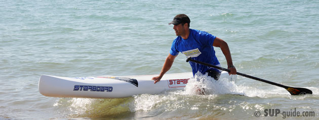 Ryan James wins SUP Race at Paddle around the Pier in Brighton