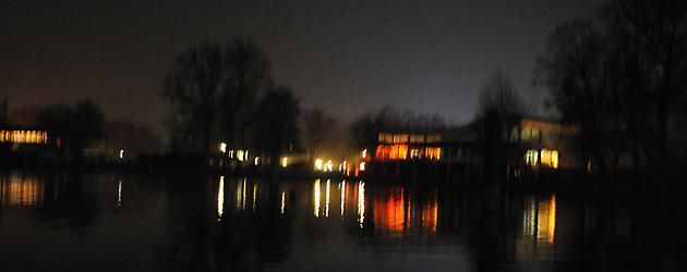 Starnberg Lake Light reflections at night SUP Tou
