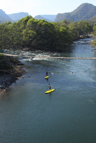 Whitewater SUP on Pescados River in Veracruz